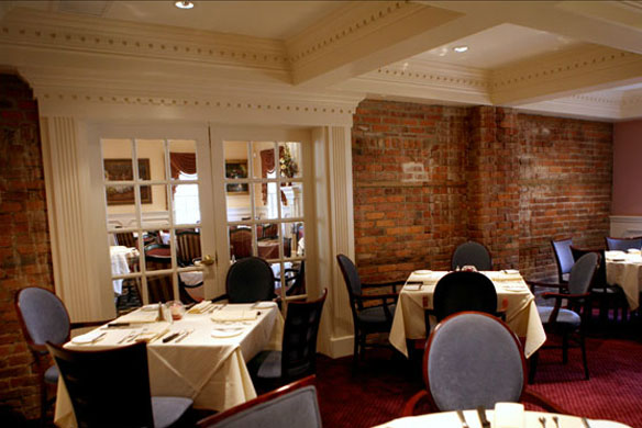 American restaurant in wyckoff nj the brick house for Best private dining rooms nj